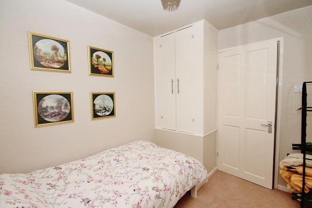 16 Whittle bed 4.jpg