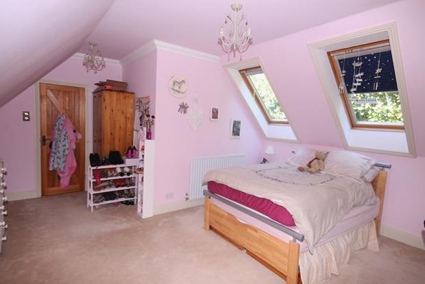 44 Hazel bed 2.jpg