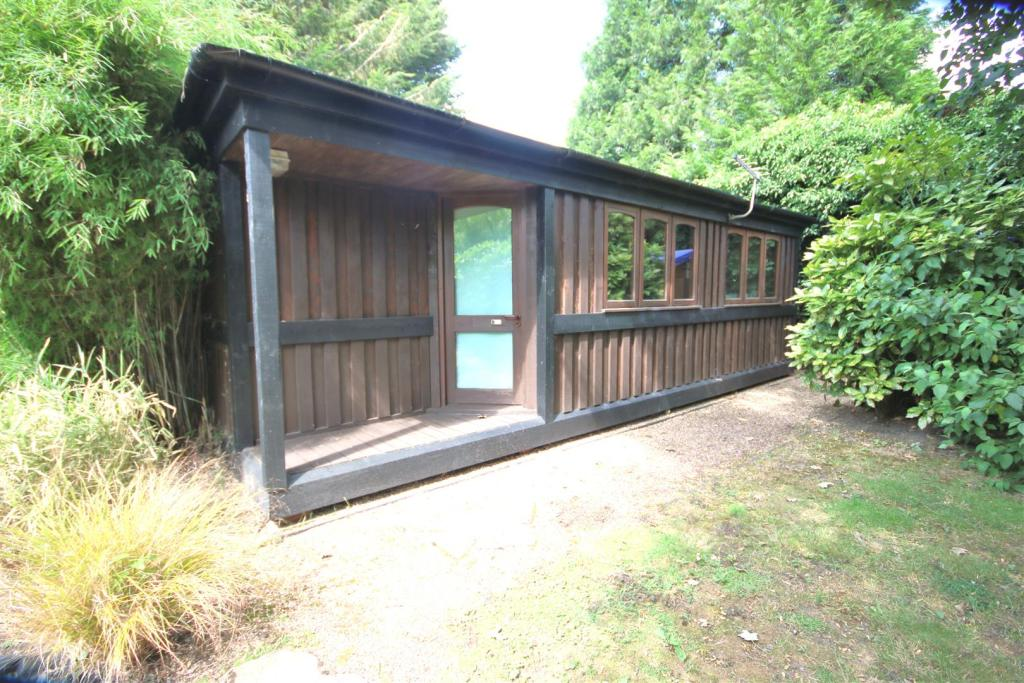 SELF CONTAINED LODGE