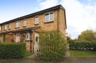 2 bedroom property in Wheatsheaf Close...