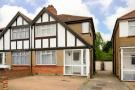 3 bed property in Woodlands Avenue...
