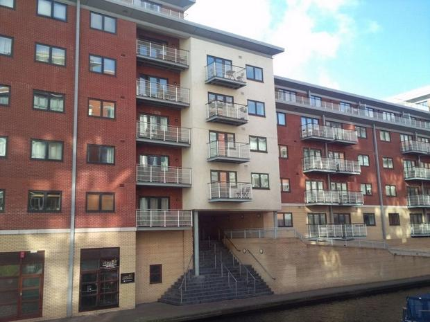 2 bedroom apartment for sale in watermarque 100 browning for Bedroom apartments birmingham