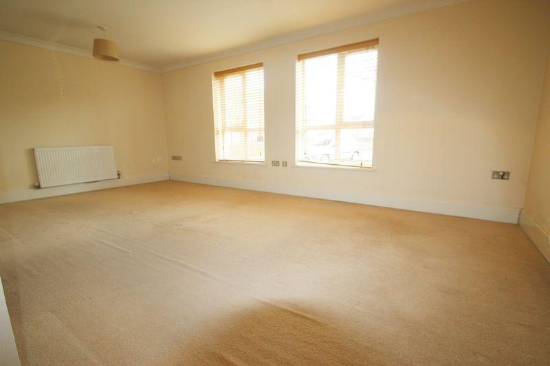 bedroom apartment to rent in phoenix way portishead bs20