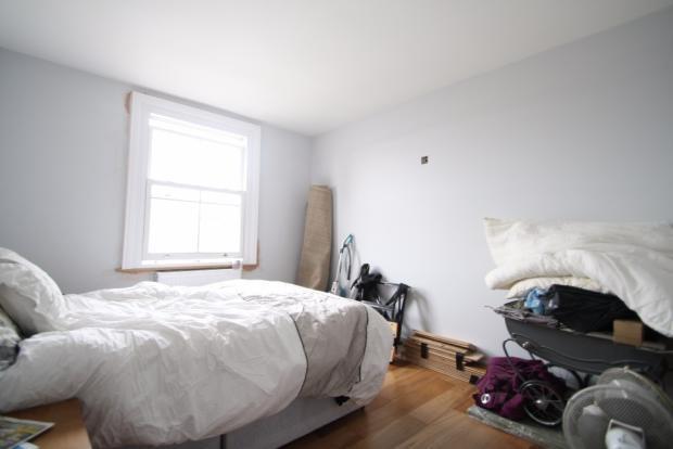 Maisonette - Bed
