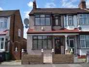 Detached home to rent in Overton Road, LONDON