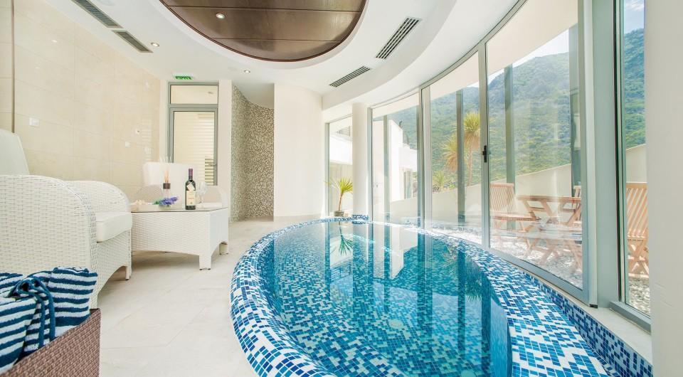 1 bed new Apartment in Morinj, Montenegro