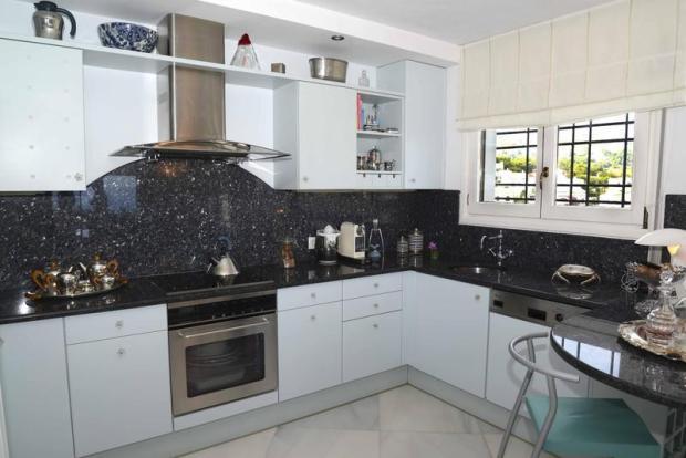 Luxury House in Cumbre del Sol, kitchen