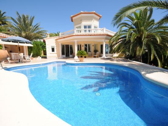 Luxury Villa in Moraira, Villa