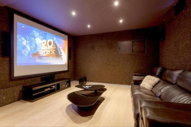 Luxury Villa in Cumbre del Sol, Home Cinema