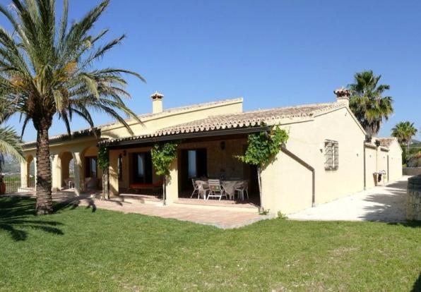 Luxury Finca in Moraira, villa