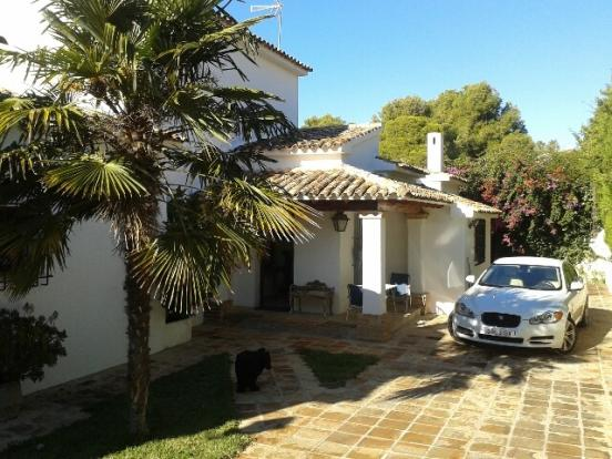 Luxury property in Moraira, entrance