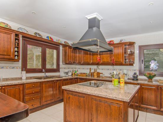 Luxury Villa in Moraira, Kitchen