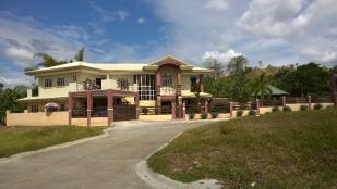 5 bedroom Detached property in Davao