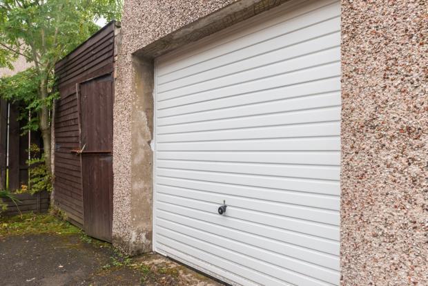 Garage (NEW door)