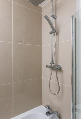 Bathroom (NEW shower
