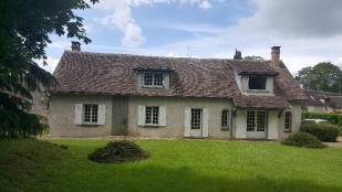 house for sale in Lorrez-le-Bocage-Préaux...