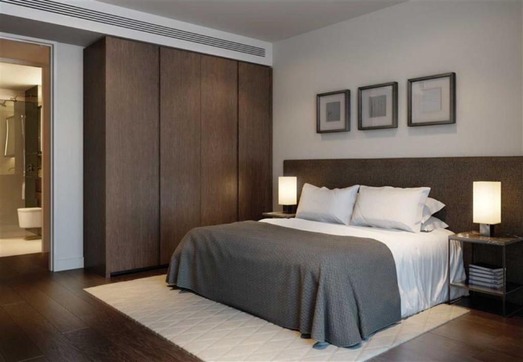 Lillie Square,Master Bedroom