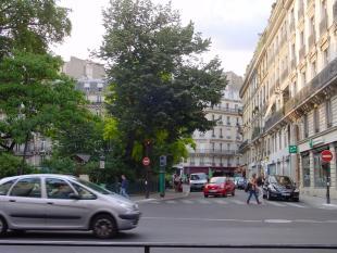 2 bedroom Apartment in Paris 09 Opéra, Paris...