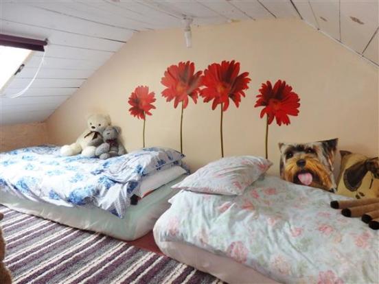 CHILDS ATTIC BEDROOM