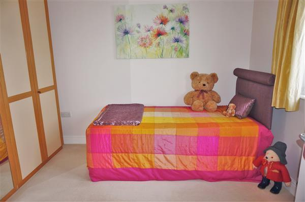 BEDROOM 4  :