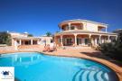 Villa for sale in Carvoeiro, Algarve