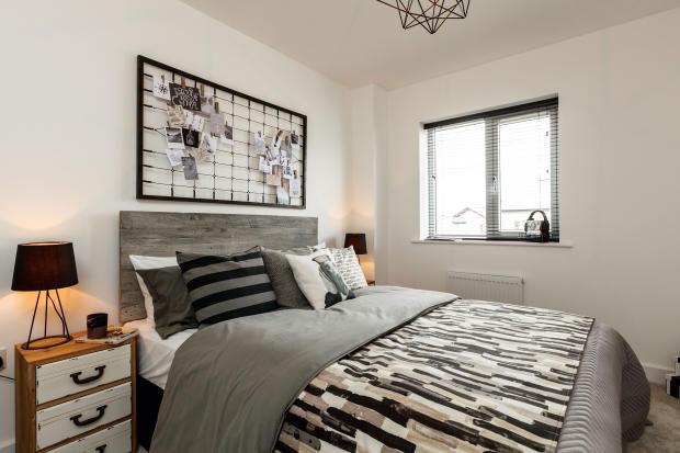 Royal_Ensleigh_Bedroom3