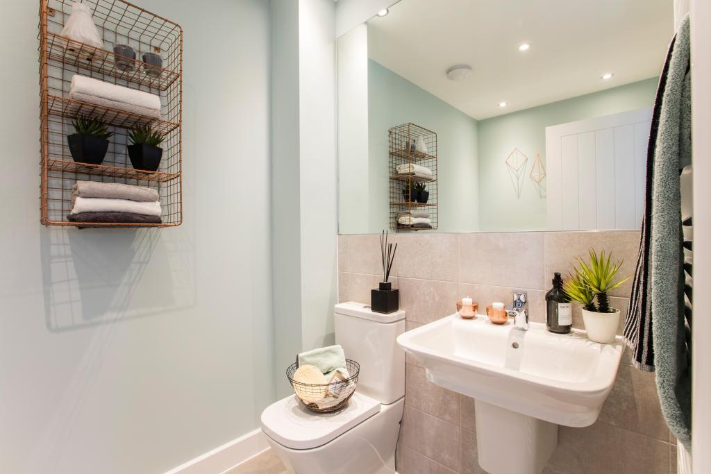 Abbey_Bathroom_2