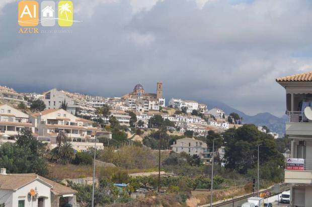 Town, Mountain Views