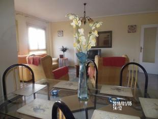 Flat for sale in 3 bed HUGE aprtment...