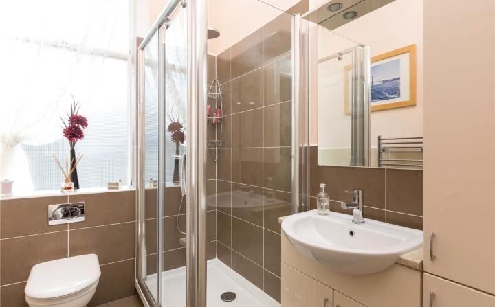 Family Showerroom