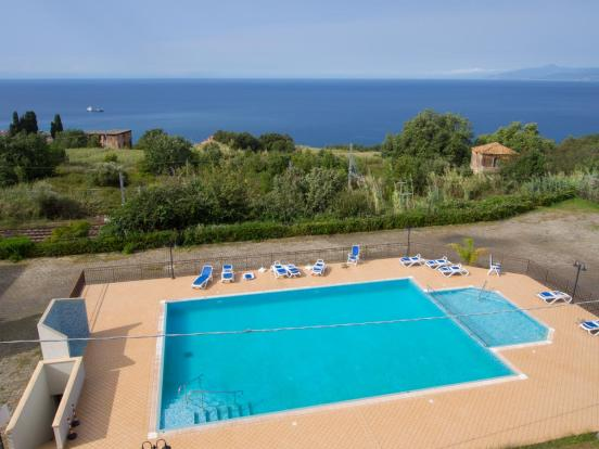 Pool and seaview