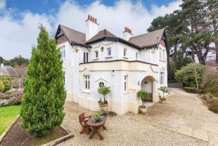 5 bed Detached house for sale in Foxrock, Dublin