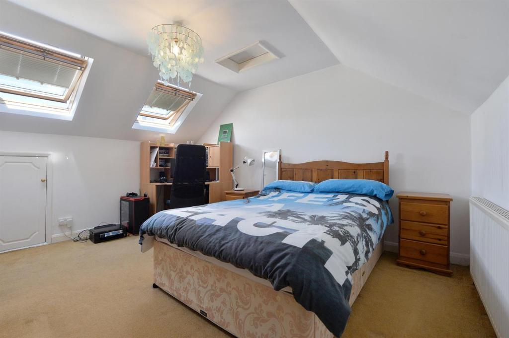 Loft Room bedroom 5