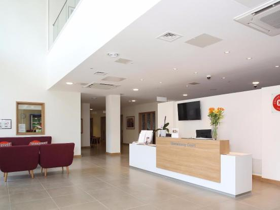 2 bedroom apartment for sale in queensway leamington spa for Modern homes leamington