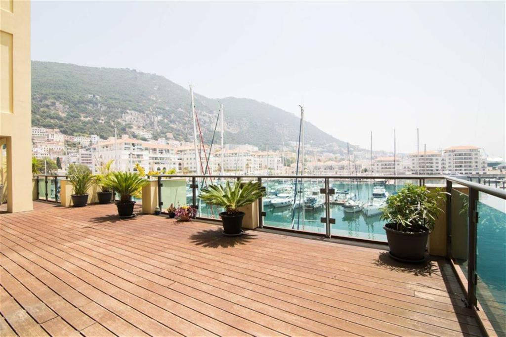 6 bedroom house in The Sails, Gibraltar...