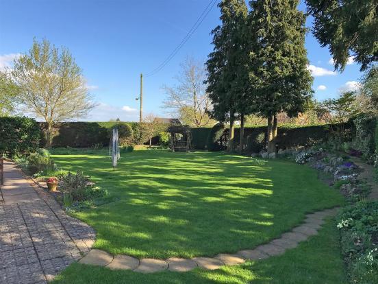 Main_Garden.jpg