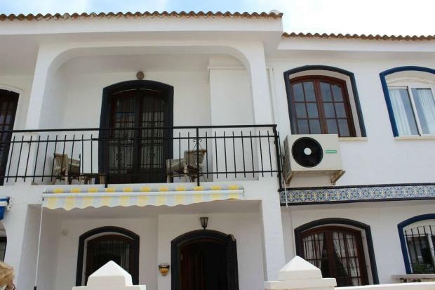 medium_5981_lovely_spanish_traditional_beachside_house_tn_img_4325.jpg