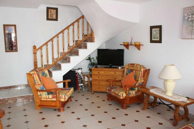 medium_5981_lovely_spanish_traditional_beachside_house_tn_img_4327.jpg
