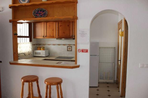 medium_5981_lovely_spanish_traditional_beachside_house_tn_img_4330.jpg