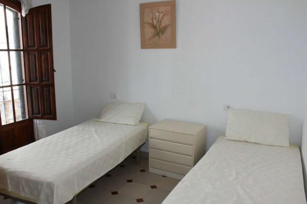 medium_5981_lovely_spanish_traditional_beachside_house_tn_img_4339.jpg
