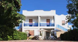8 bed Villa for sale in Pulsano, Taranto, Apulia