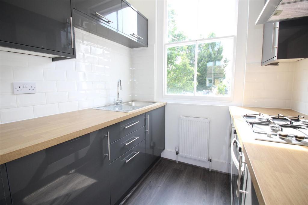 Clifden kitchen.jpg