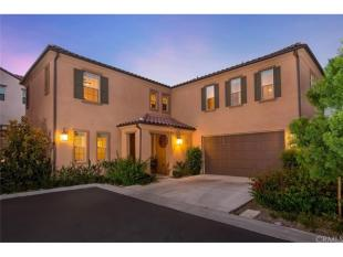 4 bed Flat for sale in California...