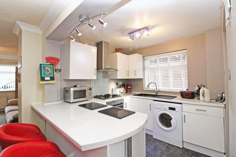Man Cave Wigan : Bedroom semi detached house for sale in melrose drive