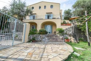 6 bed Detached house in Massa Lubrense, Naples...