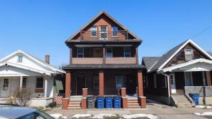 Triplex for sale in Sylvania, Lucas County...