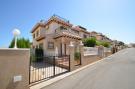 Terraced house in Villamartin, Alicante...