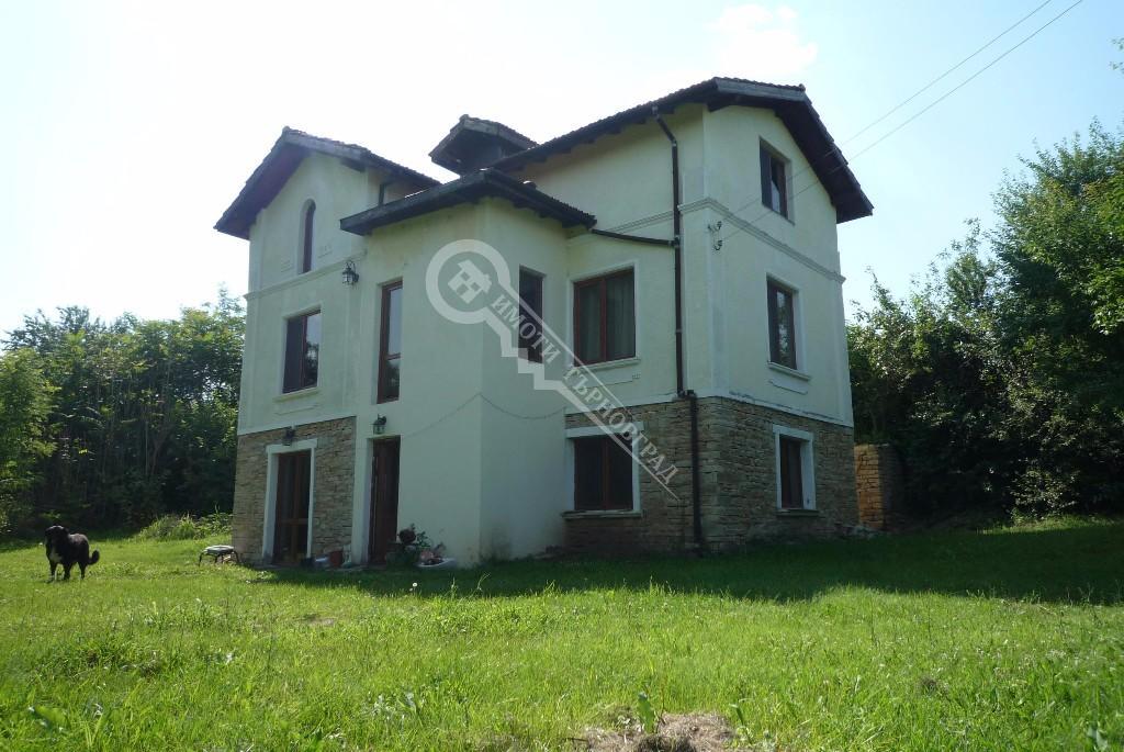Gorna Lipnitsa property