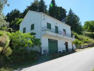 Village House in Celorico da Beira...