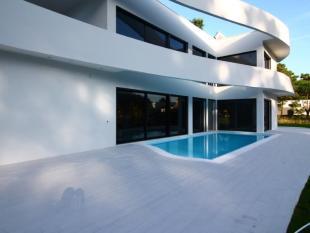 property for sale in Charneca de Caparica e...